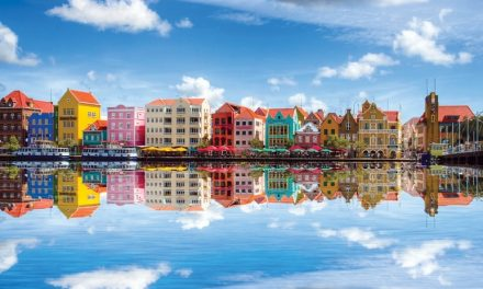 Curacao – Beyond the Handelskade