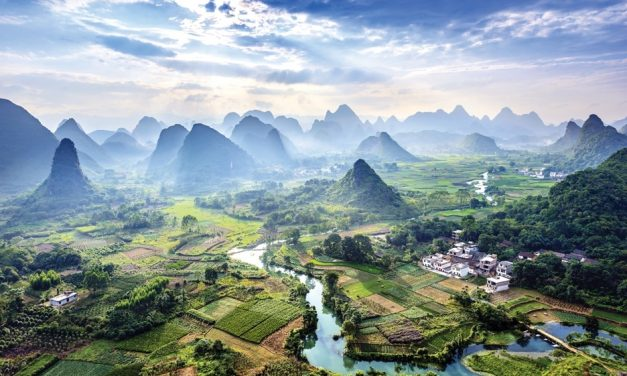 Cruise Up the Lijiang River from Guilin, Pearl of Southern China
